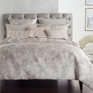 Macy HOTEL COLLECTION PINK SPECKLE COMFORTER